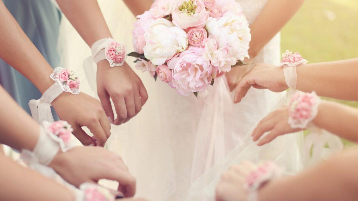 bridesmaid bouquet alternatives